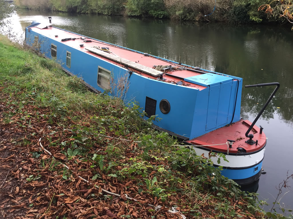 Scrap a Narrowboat - Example of a Narrowboat