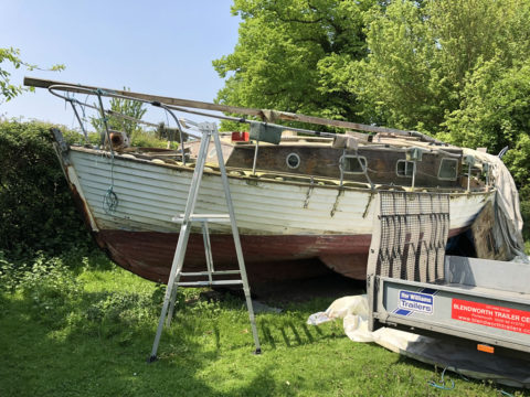 The Only Way is Essex: Scrap Yacht in an Orchard - Getting Ready to Scrap