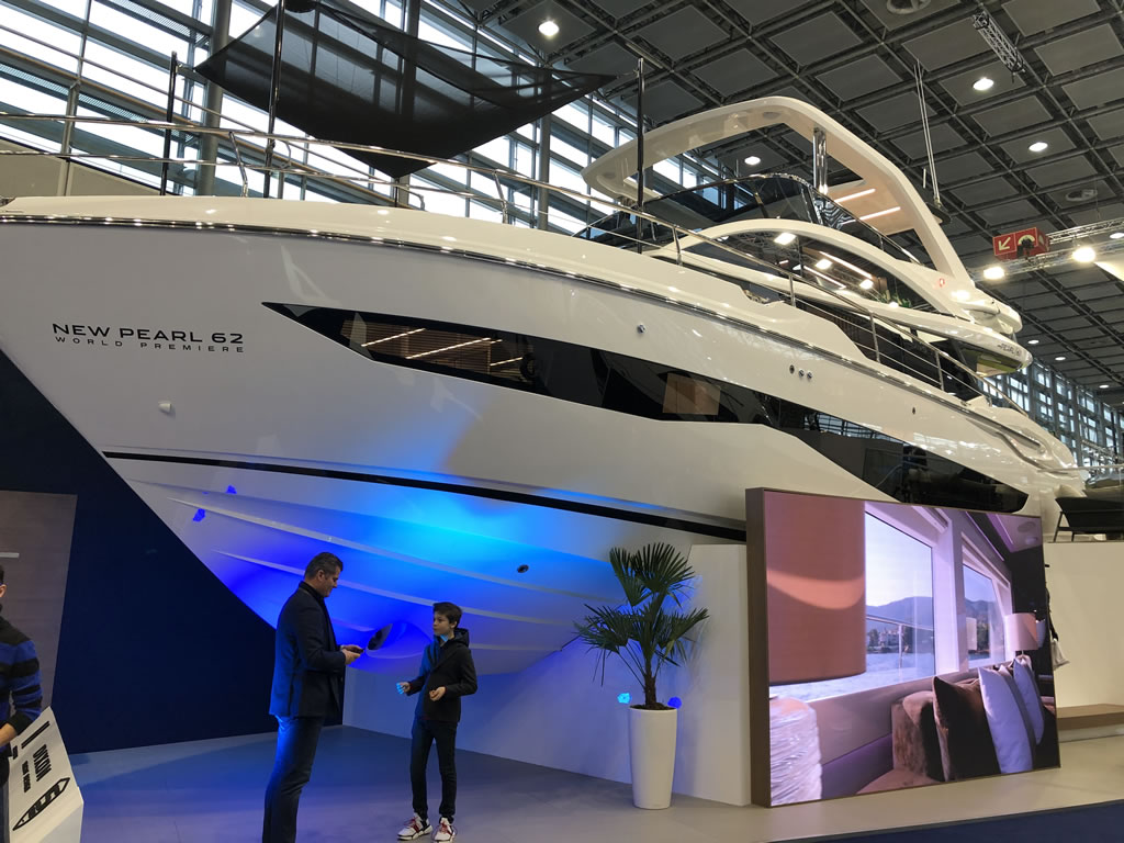 Pearl Yachts Display