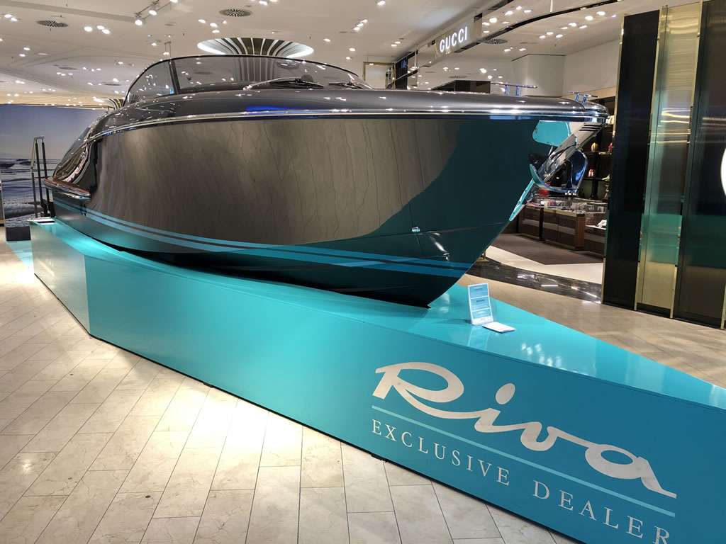 Riva in Shopping Centre