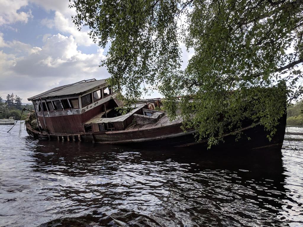 big sunken wreck © Ali Ball 2020