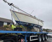boat disposal jaguar 25 yacht on the transport